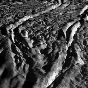 enceladus_yuzey