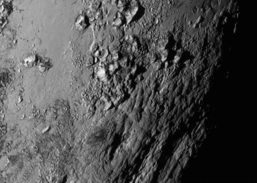 Pluto_dag